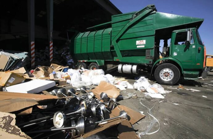 Trash Hauling and Removal-Riverside Dumpster Rental & Junk Removal Services-We Offer Residential and Commercial Dumpster Removal Services, Portable Toilet Services, Dumpster Rentals, Bulk Trash, Demolition Removal, Junk Hauling, Rubbish Removal, Waste Containers, Debris Removal, 20 & 30 Yard Container Rentals, and much more!